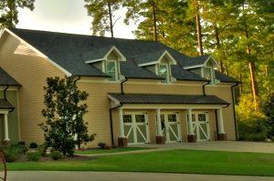 Carriage House Lodge