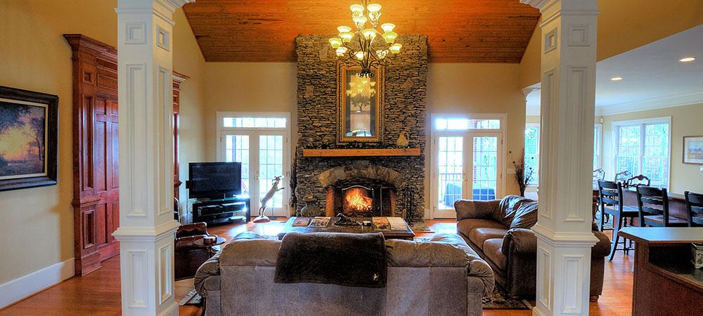pine-hill-lodge-fireplace
